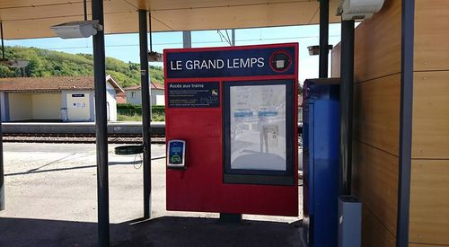 Le parking de la gare de Le Grand-Lemps